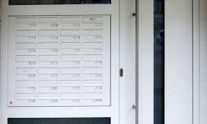 Briefkastenanlagen, Haustürseitenteil-Briefkästen von pmt - Briefkastenanlagen für Rosenheim und München