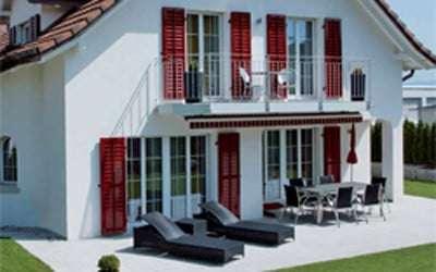 Fensterläden, Klappläden, Schiebeläden aus Alu für Rosenheim und München - www.p-m-t,info