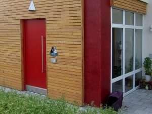 Holzhaustür und Kunststofffenster-Referenzen Füglein Großkarolinenfeld - pmt Fenster für München und Rosenheim
